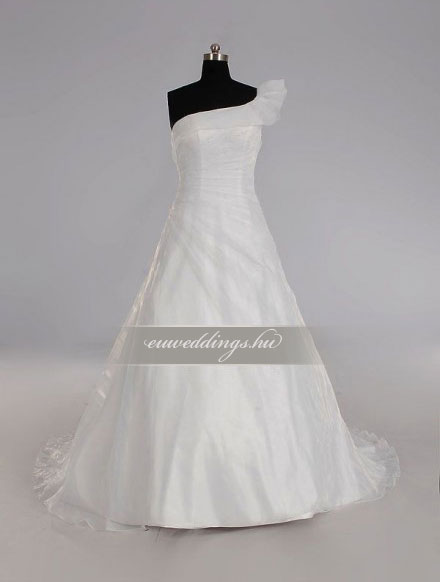 Menyasszonyi ruha A vonalú pántos-AVP-428