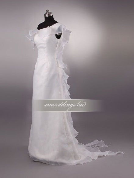 Menyasszonyi ruha A vonalú pántos-AVP-458