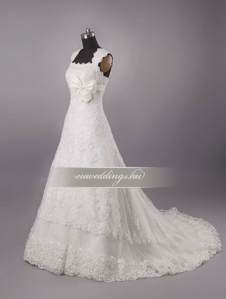 Menyasszonyi ruha A vonalú pántos-AVP-577