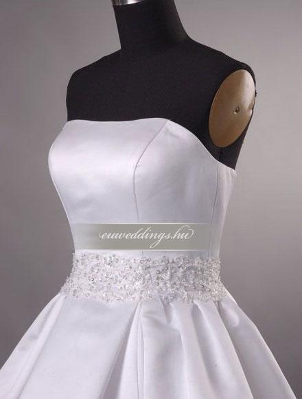 Menyasszonyi ruha A vonalú ujjatlan-AVU-1994