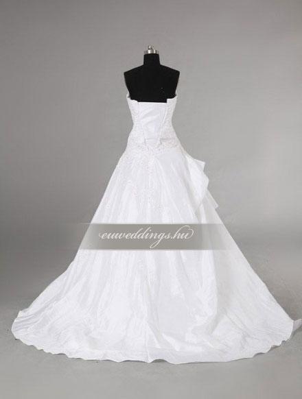 Menyasszonyi ruha A vonalú ujjatlan-AVU-2044