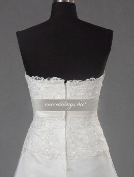 Menyasszonyi ruha A vonalú ujjatlan-AVU-3019
