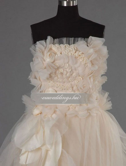 Menyasszonyi ruha A vonalú ujjatlan-AVU-3034