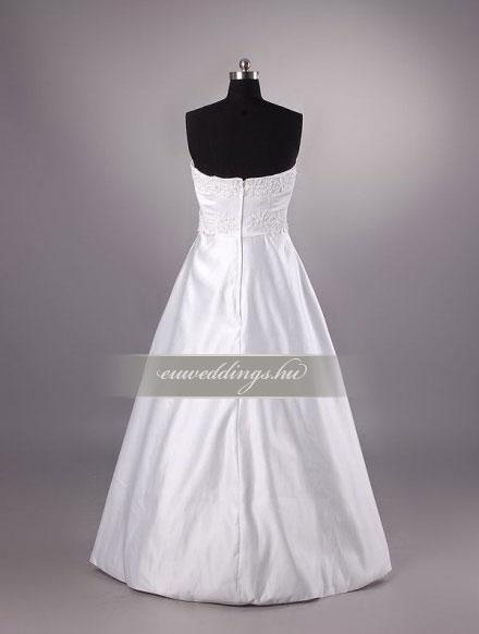 Menyasszonyi ruha A vonalú ujjatlan-AVU-3134
