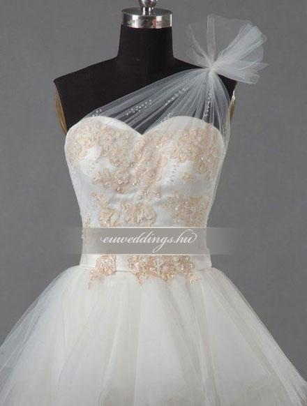 Menyasszonyi ruha aszimmetrikus színes és mintás-ARS-94