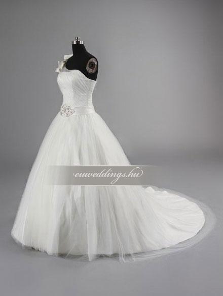 Menyasszonyi ruha báli fazonú pántos-BFP-3828
