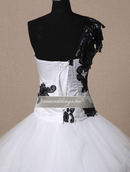 Menyasszonyi ruha báli fazonú pántos-BFP-4222