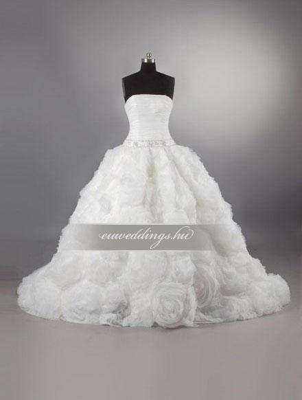 Esküvői ruha báli fazonú ujjatlan-BFU-4818