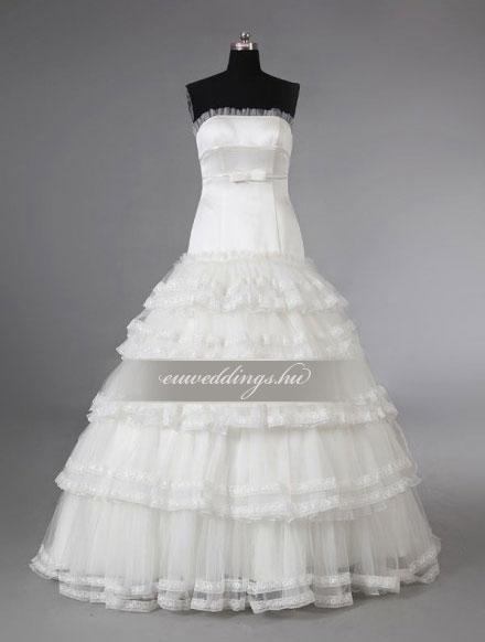Esküvői ruha báli fazonú ujjatlan-BFU-5587
