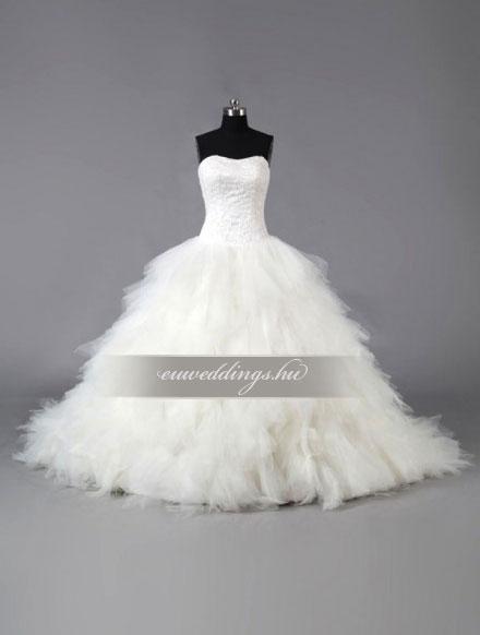 Esküvői ruha báli fazonú ujjatlan-BFU-5762