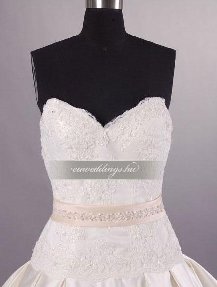 Esküvői ruha báli fazonú ujjatlan-BFU-5794