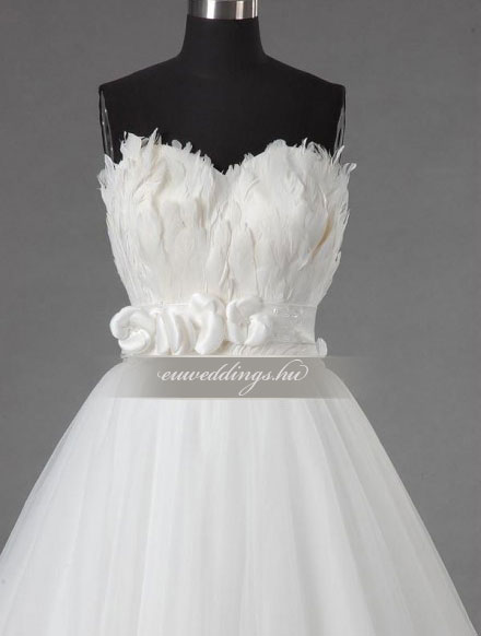 Esküvői ruha báli fazonú ujjatlan-BFU-5865