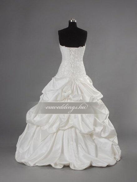 Esküvői ruha báli fazonú ujjatlan-BFU-6420
