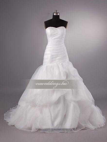 Esküvői ruha báli fazonú ujjatlan-BFU-6528