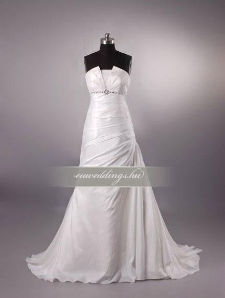 Esküvői ruha csípőtől bővülő ujjatlan-CBU-7170