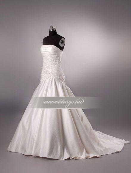 Esküvői ruha csípőtől bővülő ujjatlan-CBU-7249