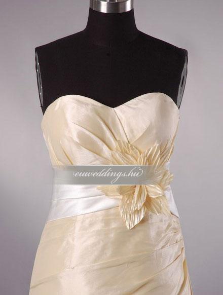 Menyasszonyi ruha egyenes fazonú mintás és színes-EFH-7945
