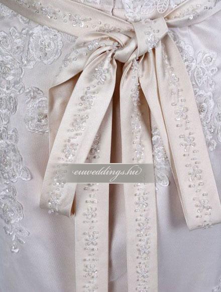 Esküvői ruha egyenes fazonú pántos-EFP-7970