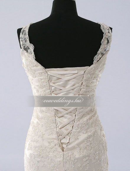 Esküvői ruha egyenes fazonú pántos-EFP-8226