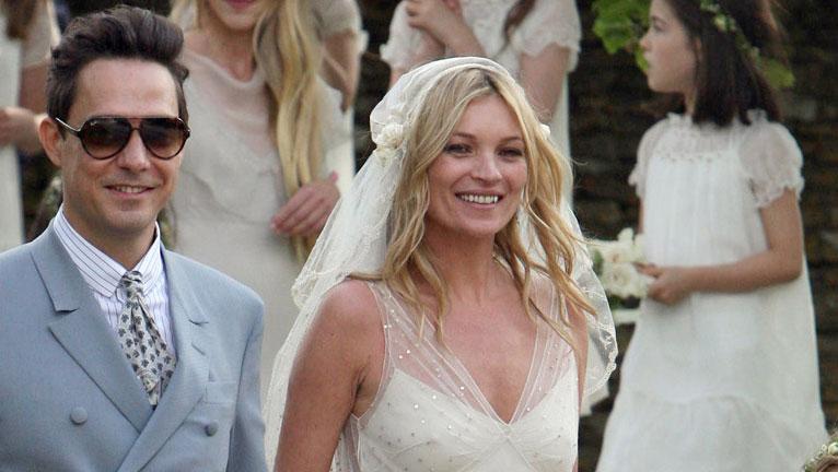 Kate Moss esküvői ruhája