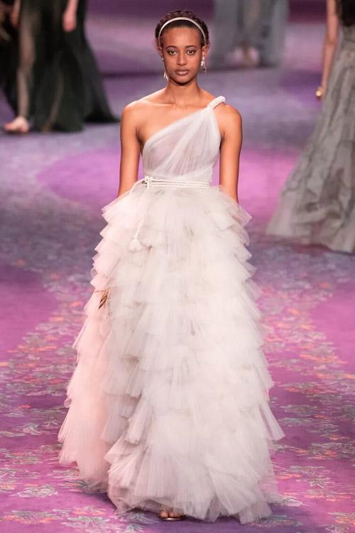 Egyedi esküvői ruhák 2020, tavasznyár